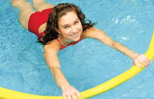 польза плавания и аквааэробики