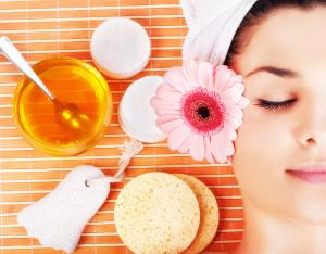 укрепление и питание волос медом