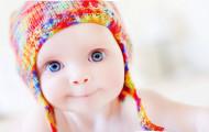 Почему болит живот у младенцев?