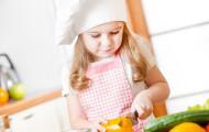Обязанности по дому: поручать ли ребенку?