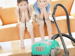 как приучить ребенка к домашним делам