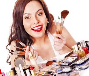 чего не стоит делать при нанесении макияжа