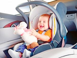 чем занять ребенка в дороге