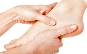 как избавиться от сухости кожи ног