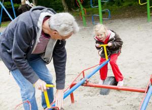 безопасное общение ребенка с незнакомыми людьми