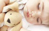 Пора ли уже вашему малышу спать в кровати, а не в колыбели?