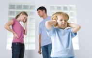5 мифов о том, как влияет крик на детей